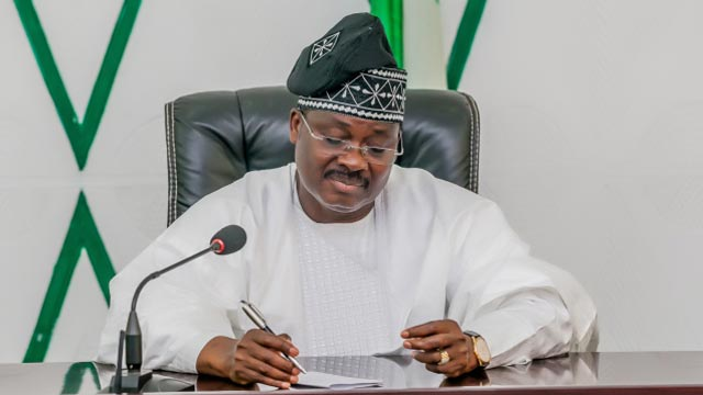 Former Governor of Oyo State Abiola Ajimobi is dead