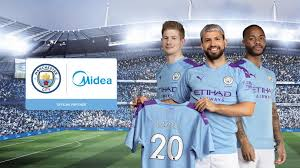 Manchester City sights two trophies